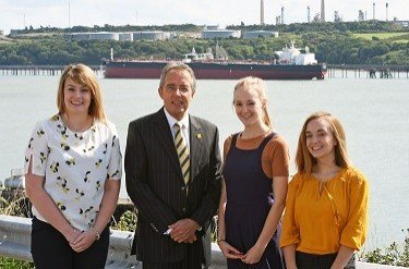 Calling all undergraduate students: Apply now for a Port Scholarship